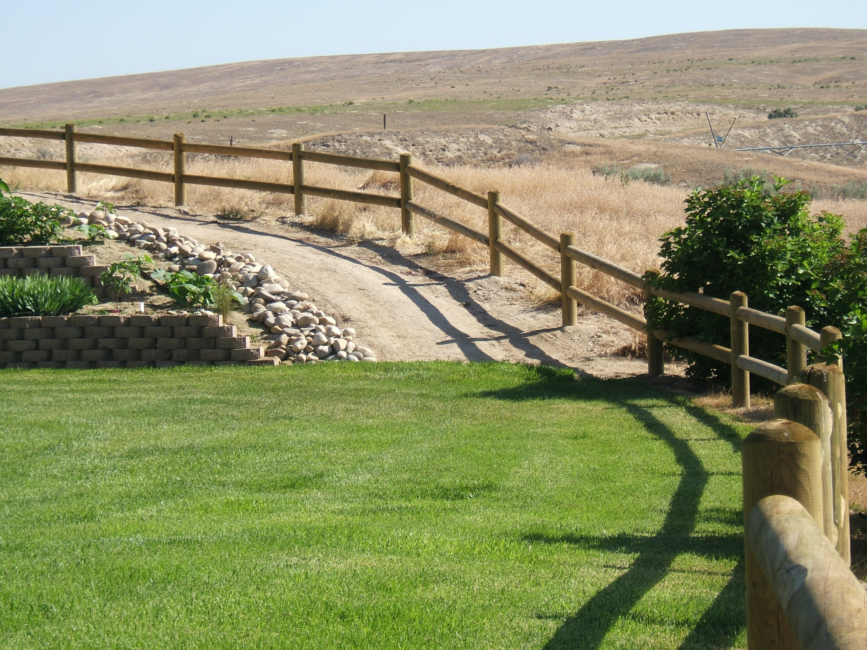Doweled Wood Fences Fencing Installations Parma Post