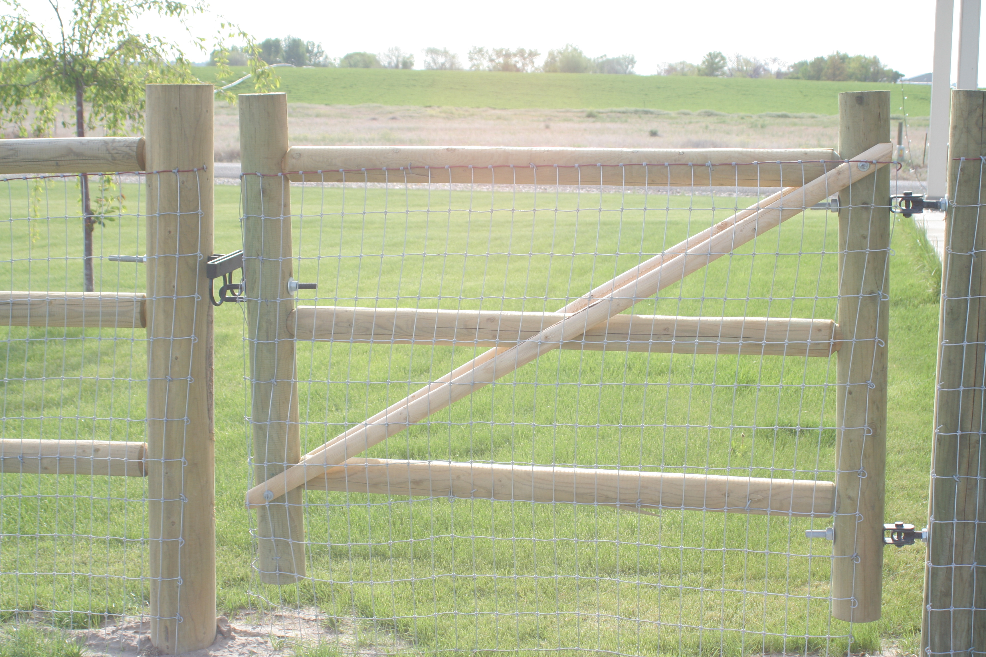 Post And Pole Fencing : Idaho doweled gates parma post and pole